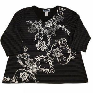 BOGO 🦋 Karen Scott Floral Beaded 3/4 Sleeve Top